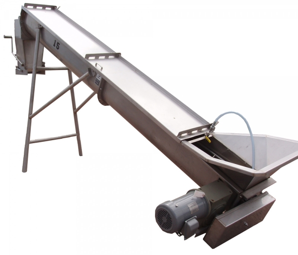 VWM Oiling Auger Evenly Coats Raisins Before Packaging