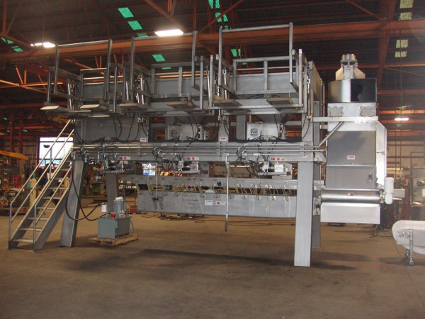 VWM Fruit and Vegetable Blending System with VI-PRO® Vibratory Conveyor and Vaccuum