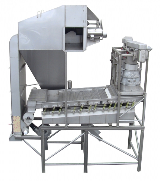 VWM SuperVac® System with Dry Capper Destemmer and Fines Removal VI-PRO® Infeed