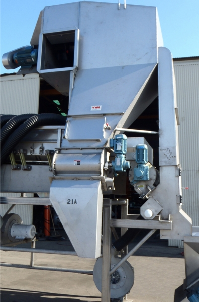VWM's SuperVAC® System is designed to maximize efficiency of product cleaning and separation.